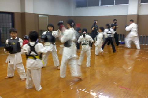 東温松山拳友会 Toon Matsuyama Kenyuukai
