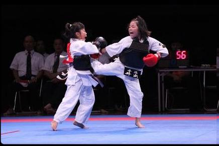 2018日本拳法総合選手権大会決勝戦(中学1年女子) by 今治拳友会